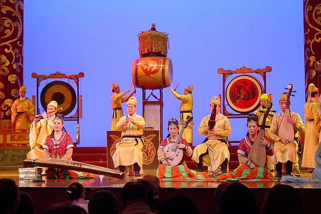Chinese Theater Drums | Big Five Tours