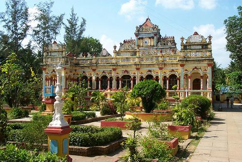 Vinh Trang Pagoda, Mekong Delta