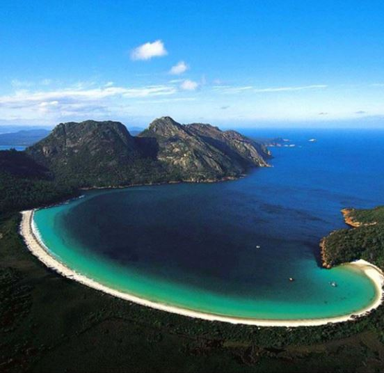 Who would like to walk the Freycinet in Tasmania?
